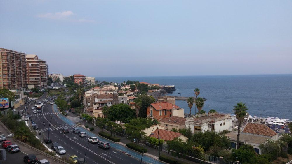 Catania panoramico 5 v arredato garage case catania for Monovano arredato catania