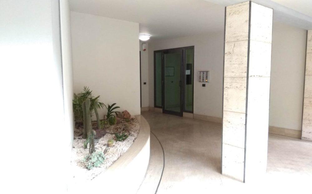 Catania-Appartamento lussuoso con vista mare via Alcide De Gasperi